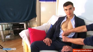 Sorry, i'm not into guys, don't touch my cock please ! Alex serviced